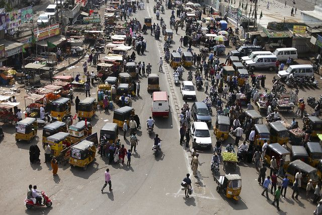 busy street from Charminar
