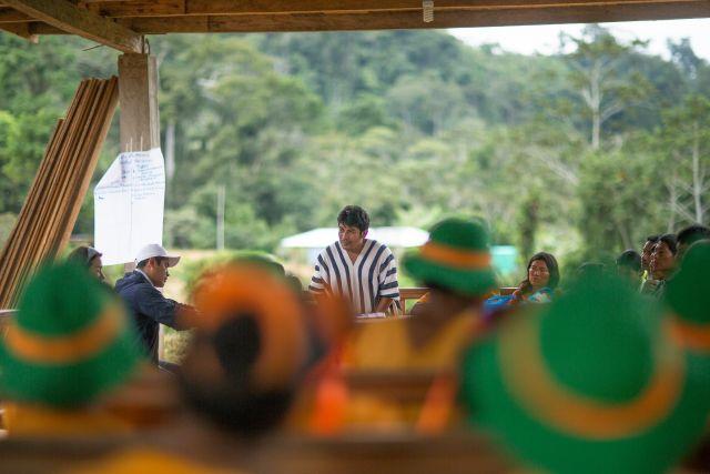 An indigenous community meeting in Peru. Flickr/CIFOR