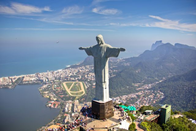 Rio de Janeiro is surrounded by forested hills. Photo by Carlos Ortega/Flickr