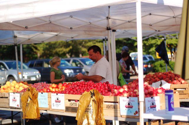 Farmers' market in Pittsburgh, Pennsylvania