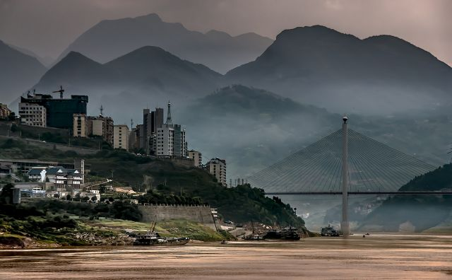 On the Yangtze River at Badong, China. Photo by Bernd Thaller/Flickr.