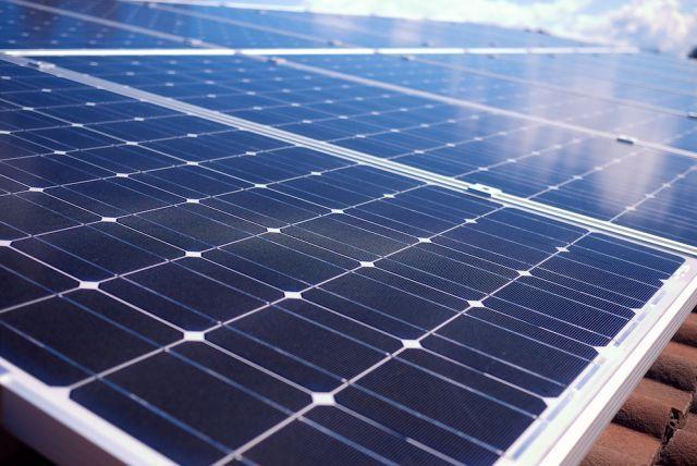 Para atingir a meta de 2ºC será necessária uma radical e urgente descarbonização da economia mundial. Fonte: Michael Mazengarb/Flickr