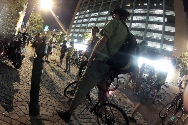 Cape Town, South Africa is one of a growing movement of C40 Cities implementing transport demand management (TDM) strategies that call for increased biking and walking. Photo Credit: Warren Rohner, Flickr 2012