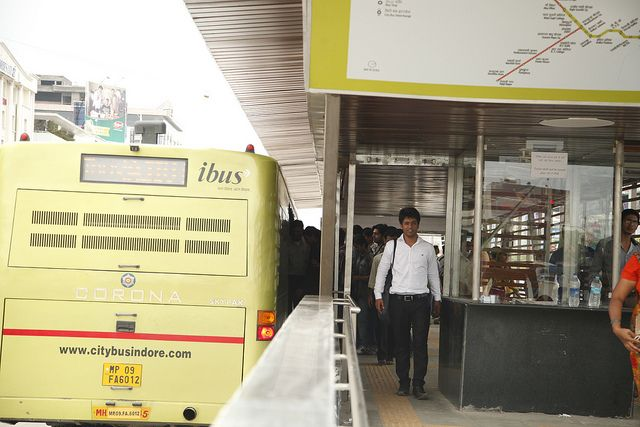 Passengers board Indore's new iBus. Photo credit: EMBARQ