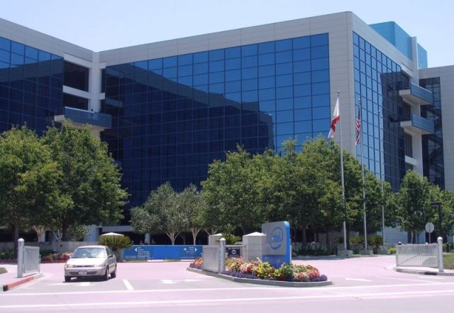 Through a combination of renewable energy purchases, development of renewable energy installations, and enhancements to its server systems, Intel managed to reduce its emissions by 60 percent below 2007 levels by the end of 2012. Photo credit: Wikimedia, 2006