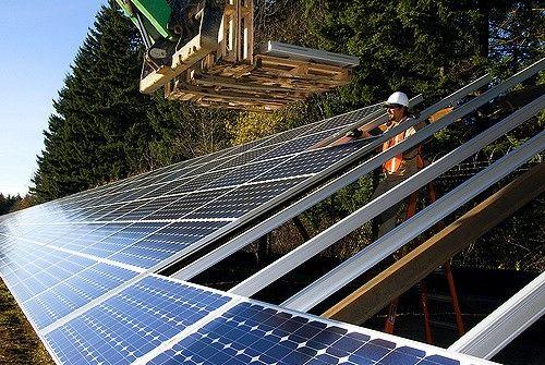 Solar panel installation in Oregon