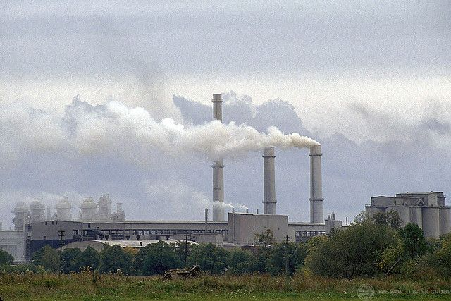 Setting greenhouse gas (GHG)-reduction targets has become common practice for large, multi-national companies, but they generally take a conservative approach that is independent of what climate scientists say is necessary. Photo credit: World Bank/Flickr