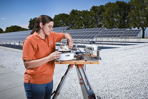 A study of aggregate U.S. job impacts found that energy efficiency and solar energy generate more direct jobs than coal, natural gas, and nuclear energy. Photo credit: PNNL, 2012