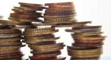 Balancing funds. (Flickr/olivierterrier)