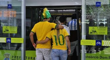 Although Brazilian cities have received criticism for short-sighted World Cup infrastructure, examples like Belo Horizonte's MOVE bus rapid transit (BRT) will generate benefits long after the final whistle blows. Photo Credit: Mariana Gil/EMBARQ Brazil.
