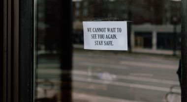 Sign on closed restaurant