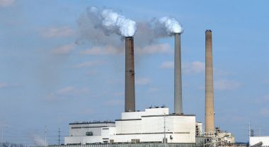 Kentucky power plant. Photo by Cindy Cornett Seigle/Flickr