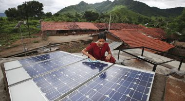 Solar panels in Tinginaput, India. Photo by Abbie Trayler-Smith / Panos Pictures / Department for International Development