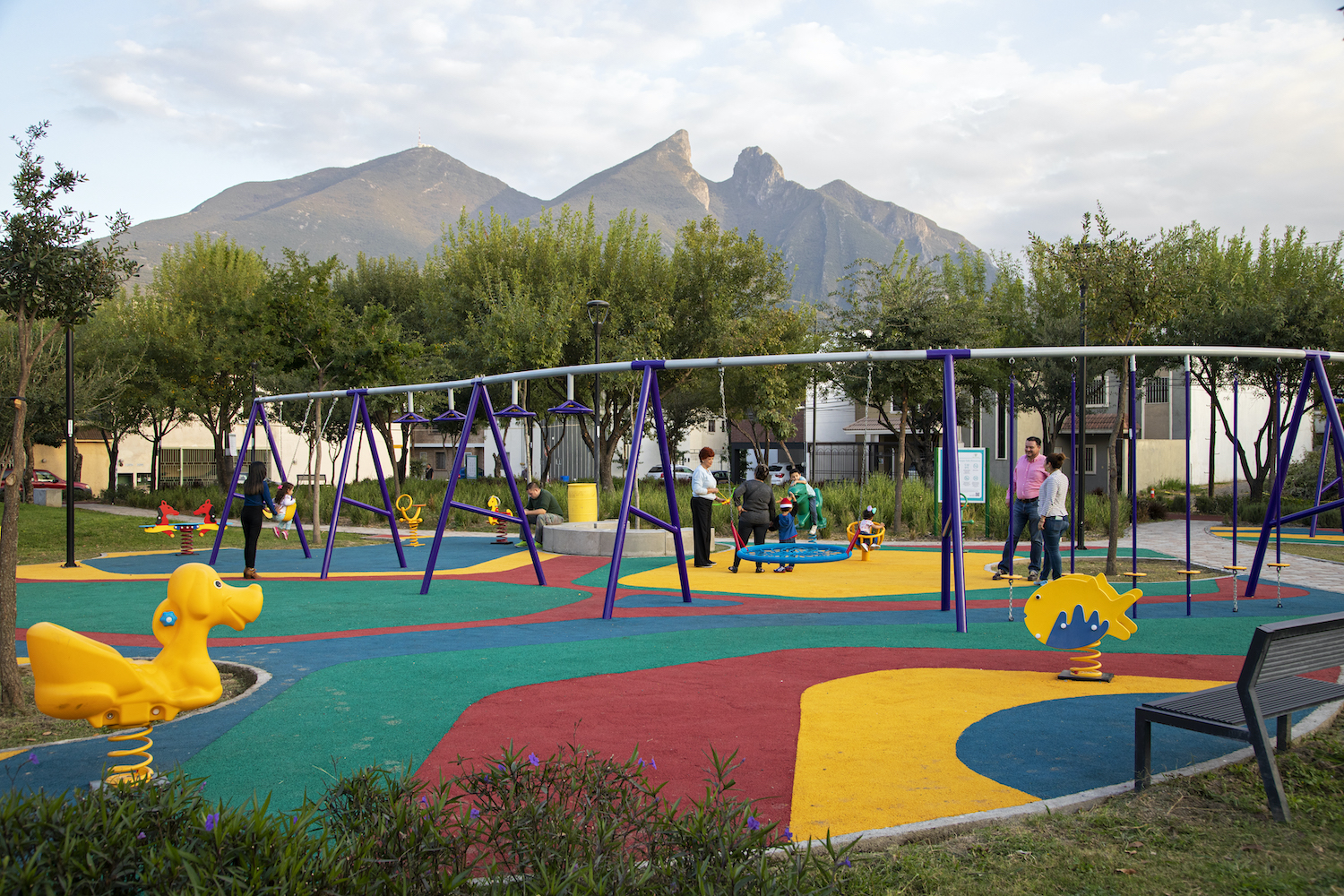 <p>Children play at a pocket park in Monterrey, part of the inner city\'s redesign. Photo by Tecnológico de Monterrey</p>