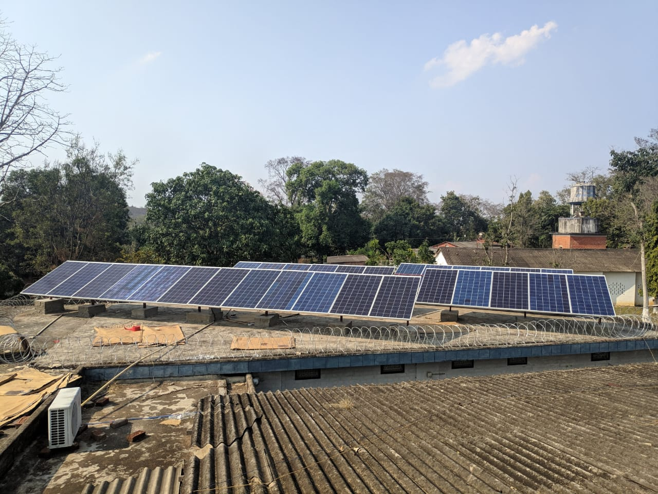 <p>Solar power has allowed Nav Jivan Hospital to build resilience and have reliable electricity to treat COVID-19 patients. Photo by Nav Jivan Hospital</p>